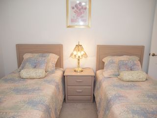Briarwood Naples house photo - twin room in this holiday villa