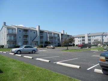 Port Clinton condo rental - Comfortable and clean. Relax and enjoy the view!