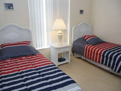 Indian Creek villa rental - Twin room