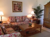 Spacious 2 bed 2 bath Lake View Vacation Rental with Full Amenities