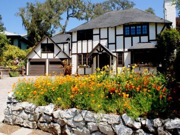 Aptos house rental - Great Reunion Home with on-site parking for up to 12 cars or 8 large SUVs