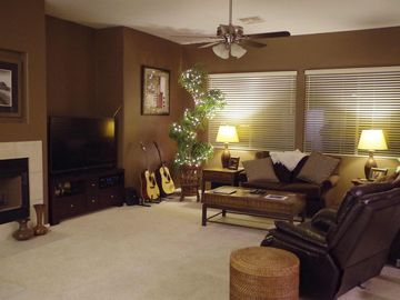 Surprise house rental - Warm and inviting central room with 60' HD TV, comfy couches and recliner