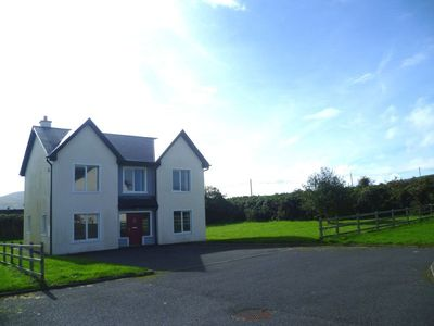 4 bedroom holiday homes in Knightstown on Valentia Island