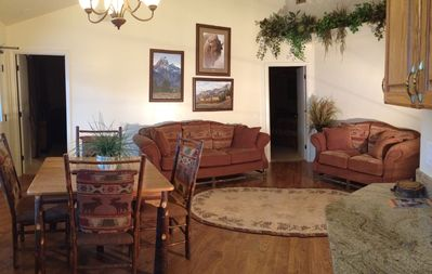 Lander Lodging - Home of Wyoming Sinks Canyon Miniature Horse Ranch