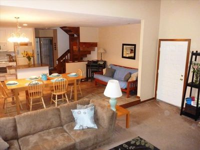 Boardwalk townhome rental - Living Room, Dining Room and Kitchen