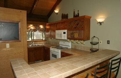 Gourmet kitchen with breakfast bar!
