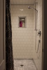 Old Saybrook cottage photo - Shower