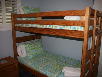 4th bedroom- Bunk bed room.  Two sets of bunk bed- room for 4 people!