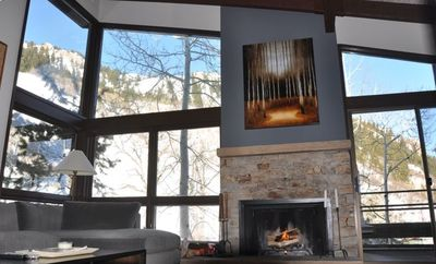 Living Room overlooking Lift 1A on Aspen Mtn