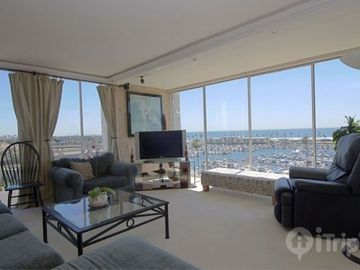 Oceanside condo rental - Living Room Views