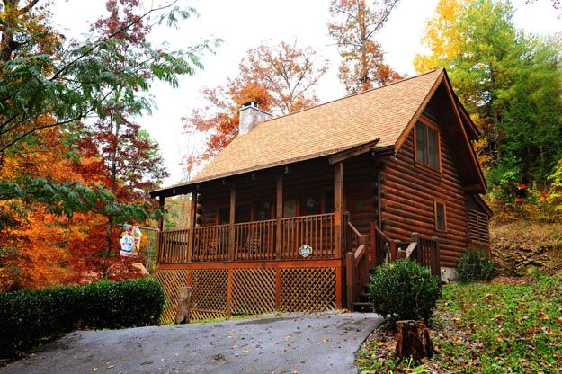 Eagle landing family log cabin minutes from vrbo for Eagles ridge log cabin