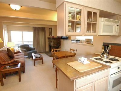 Aspen condo rental - Kitchen, View #2