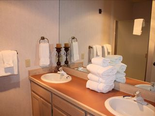Hall Bath 1 with Double Vanity - Sunriver house vacation rental photo