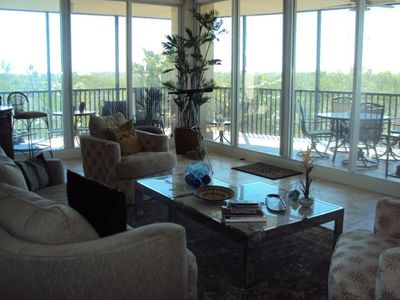 Great Room with Panoramic View and Walk Out to Lanai