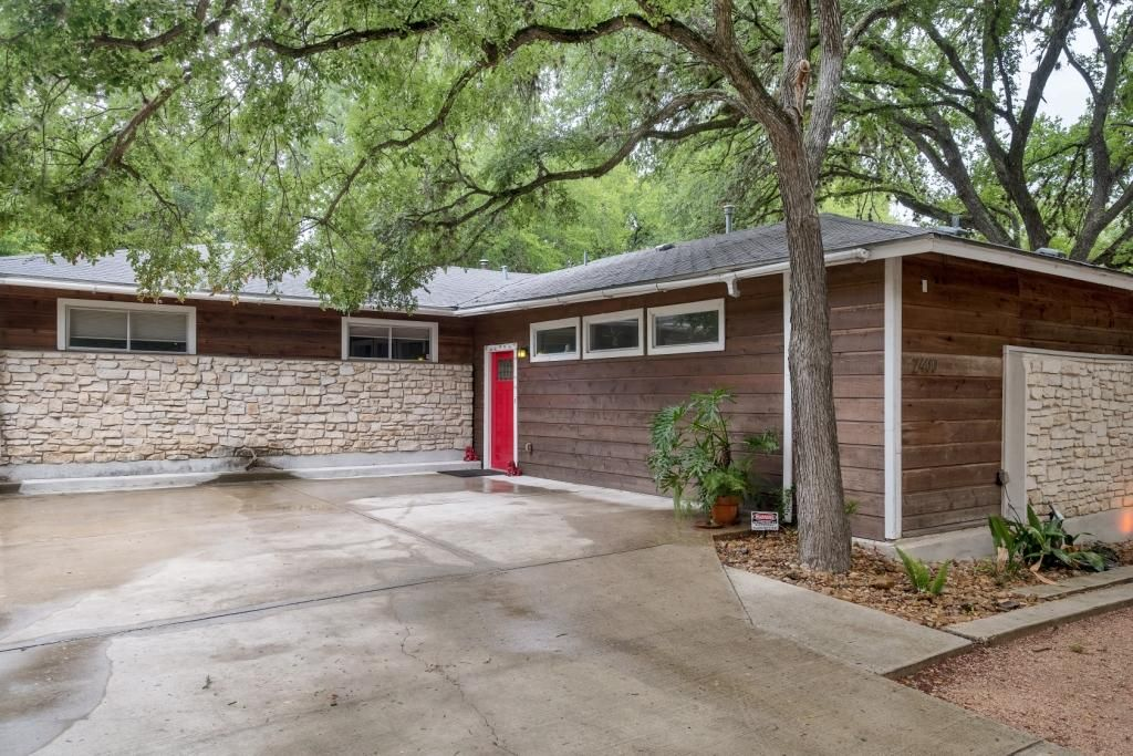 Private & Renovated Gem – Located Minutes from Downtown Austin