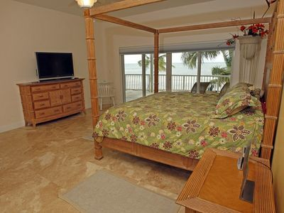 Master bedroom, view the sunrise over the beautiful Atlantic from your pillow!