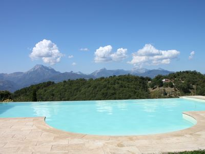 Barga -cottage and restored barn 6 hectares of land and private pool