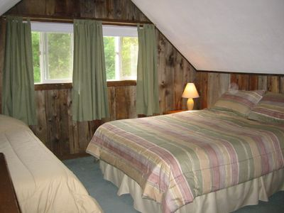 Bartlett chalet rental - Upstairs Bedroom