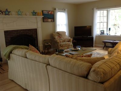 Mashpee house rental - living room