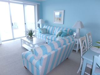 Belmont Towers Ocean City condo photo - Living room with sleeper sofa