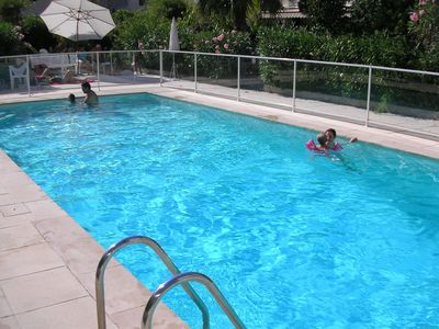 Pointe Croisette apartment rental - Outside private pool for flats residents