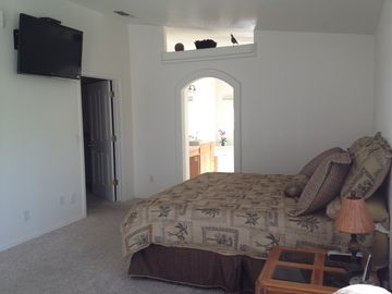 Master Bedroom/ Flat screen TV with bathroom and Large walk in closet