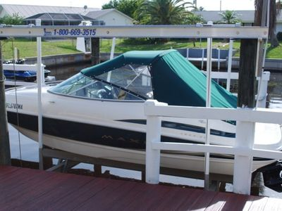 Bayliner boat & lift