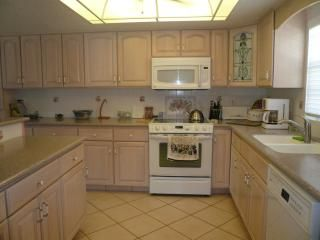 Cocoa Beach condo photo - .New Modern Appliances