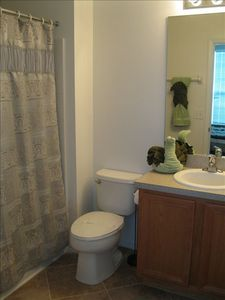 Second Master Suite Bath