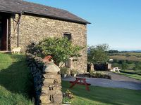 THE BYRE, pet friendly, with open fire in Staveley, Ref 756