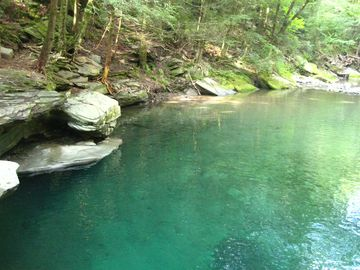 The Blue Hole, nearby