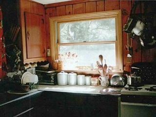 Phoenicia cabin photo - Kitchen