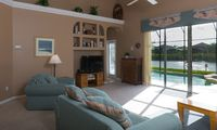 Luxurious Villa Close To Disney; Private Pool And Spa Overlooking The Lake!