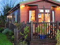 THE COASTAL LODGE, family friendly in St Teath, Ref 15943
