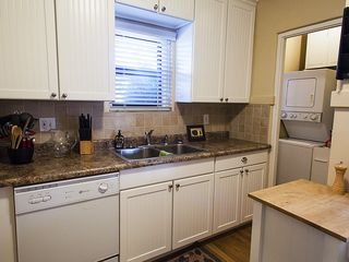 Tucson bungalow photo - Full service kitchen