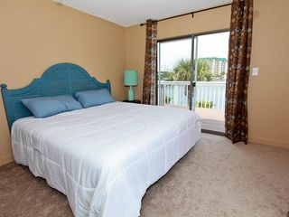 Vacation Homes in Holiday Isle Destin house photo - 13