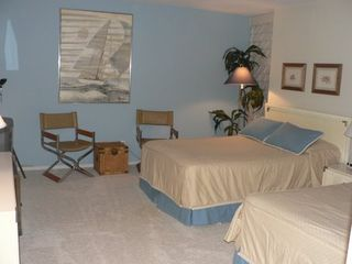 South Padre Island condo photo - Bedroom 2 has TV, VCR, Nintendo 64 w/ variety of games / 2 Double Beds