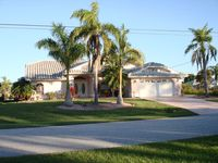 A Piece of Heaven, Waterfront Home, Heated Screened Pool & in Port Charlotte