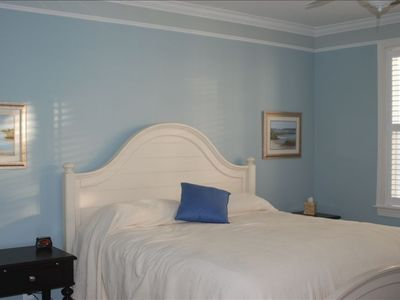 Master Bedroom w/ King Bed