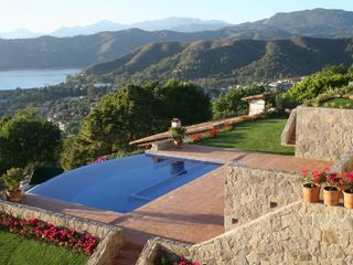 Valle de Bravo villa photo - View from deck outside the office