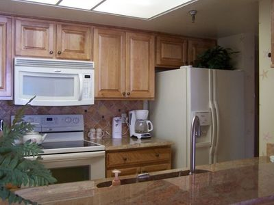 Indian Shores townhome rental - Kitchen with Granite Counters