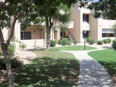 Scottsdale Ranch condo rental - Walkway
