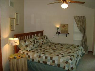 Lake Ozark house rental - Master Bedroom Upper Level
