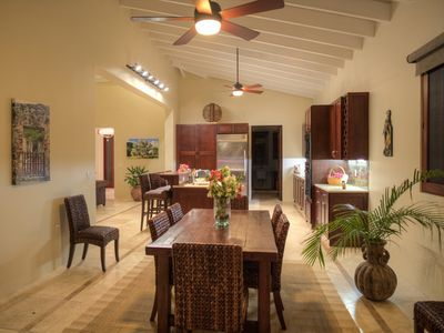 Fish Bay villa rental - dining area