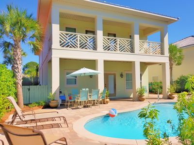 Brand New!!! 7B/6B Free Golf Cart,Private heated salt water pool, Close to beach