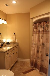 Full bath in twin bedroom with granite counter tops