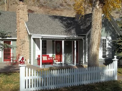 THE BELLE ON BLUFF~In The Historic District Of Town-Now booking for summer 2018