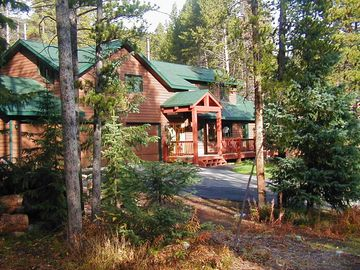 Blue River house rental - Secluded mountain retreat surrounded by forest