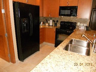 Puerto Penasco condo photo - Incredible kitchen with Granite counter tops, Microwave, Pure R/O water and Ice