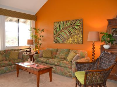 Wailea condo rental - Relax! in the island-inspired living room.
